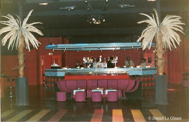 Le bar de la grande salle de la Dérobade
