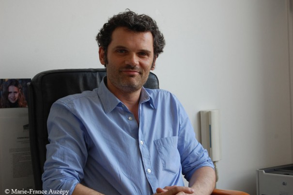 Arnaud Boufassa dans son bureau le avril 2011