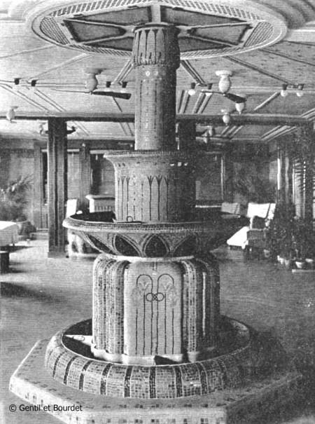 Fontaine du paquebot Champollion