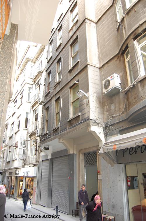 Le 11, rue Souterazzi, maintenant rue Turnacıbaşı