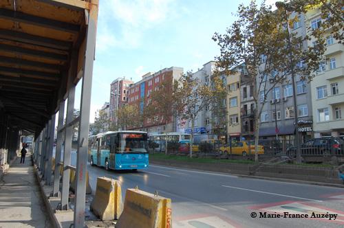 A gauche, l'emplacement du numéro 188 sur le boulevard Tarlabaşı