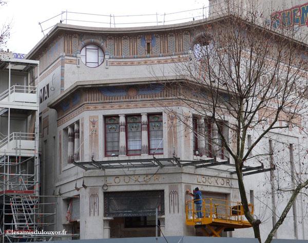 10 janvier 2013 : pose des supports de la marquise