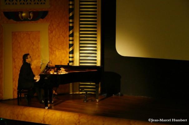 Serge Bromberg au piano